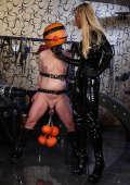 Halloween-Slave