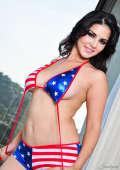 Model in stars and stripes bikini gets nude