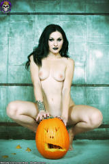 pale gothica girl topless