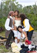Pirates on Robinson Island