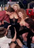 Teens have a sticky and sweaty orgy