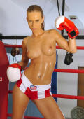 Sporty Sandra in boxing training